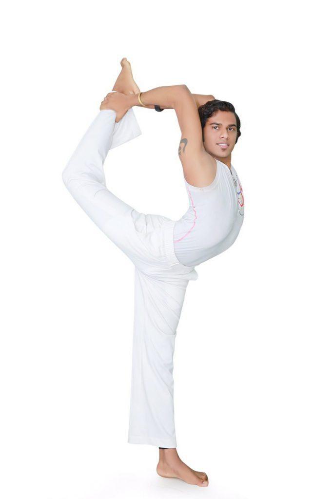 huấn luyện viên Yoga Maha Bình Dương Anil 2