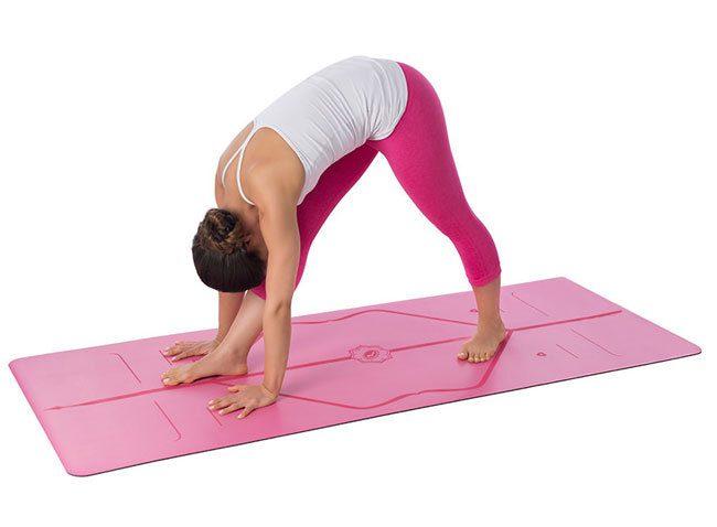 Một tấm thảm có khả năng chống trơn trượt là điều bạn nên chú ý tiếp theo khi tìm hiểu về thảm Yoga