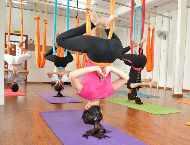 Lợi ích của bài tập Yoga với dây tường còn giúp duy trì các tư thế lâu hơn khi tiến hành tập giữa phòng