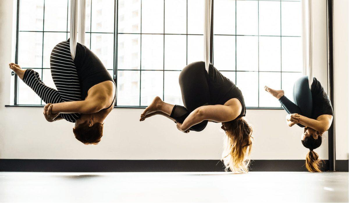 Các bài tập của yoga võng đốt cháy nhiều năng lượng giúp giảm cân nhanh chóng