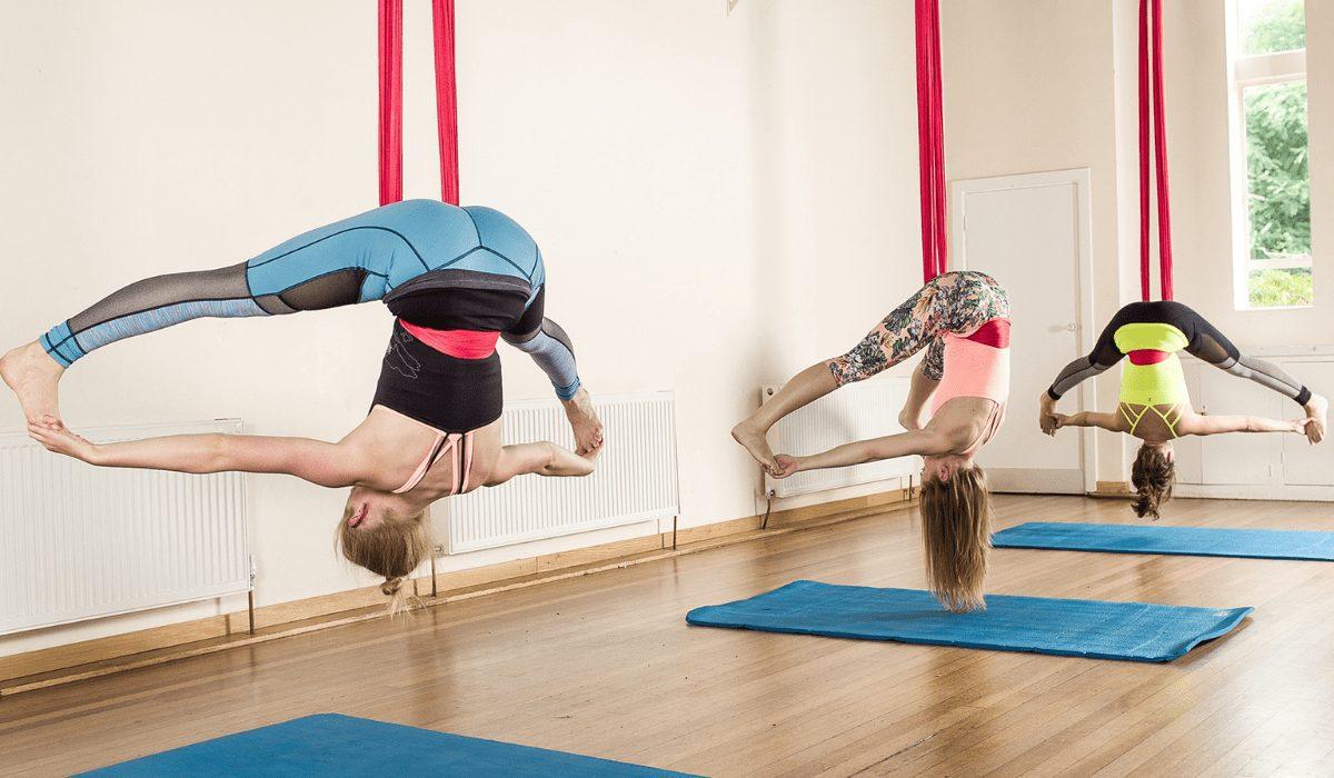 Yoga võng giúp tăng sự dẻo dai, linh hoạt và cơ thể luôn tràn đầy năng lượng