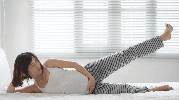 Các bà mẹ nên thường xuyên luyện tập yoga bầu để đem lại hiệu quả tốt nhất.