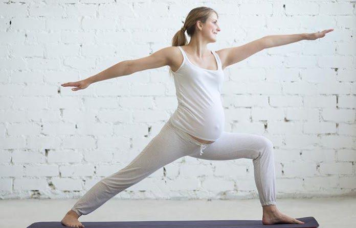 Tập yoga thường xuyên là biện pháp hữu hiệu cho các bà mẹ đang mang bầu