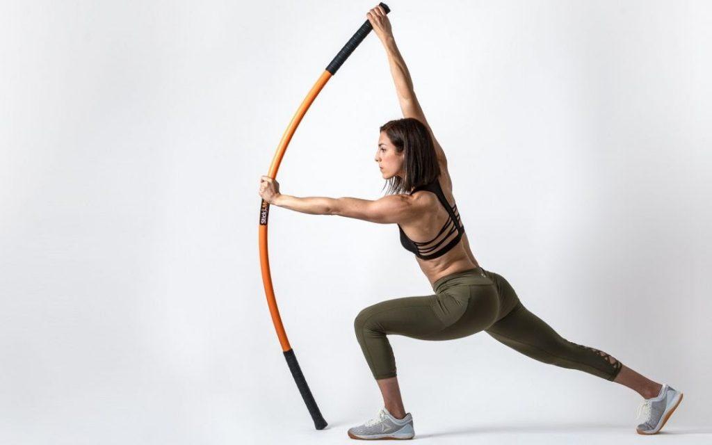 Tư thế yoga với gậy mỗi ngày giúp bạn thay đổi vóc dáng