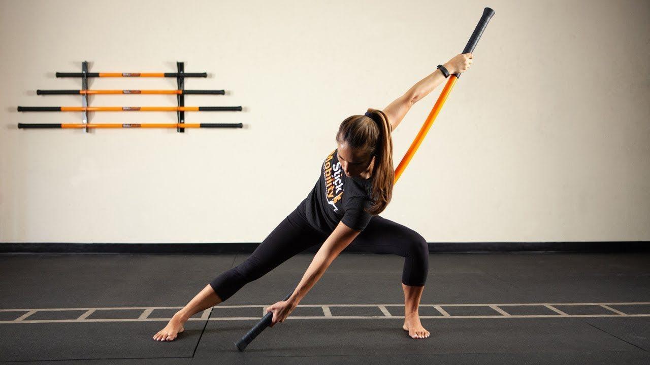 Những người gặp các vấn đề về sức khỏe cũng có thể luyện tập bộ môn yoga gậy.