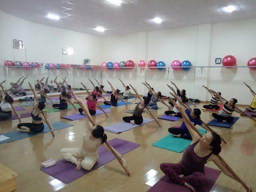 Những điều cần biết về yoga với gậy
