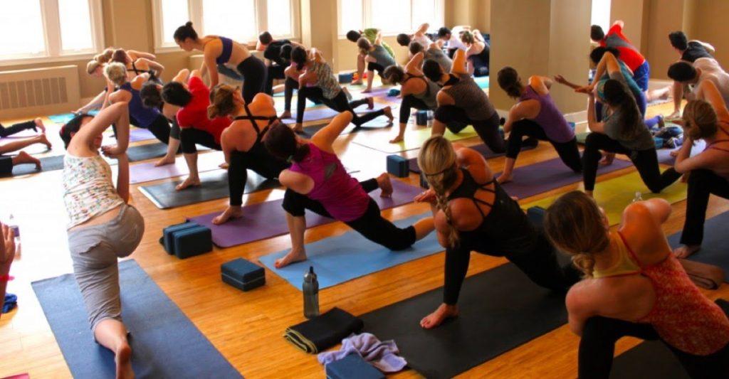 Trung tâm Mahayoga là địa chỉ tập yoga vòng uy tín nhất hiện nay