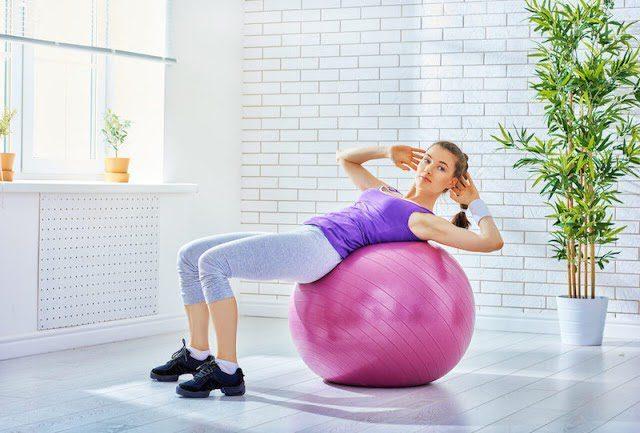 Yoga bóng giúp giảm stress