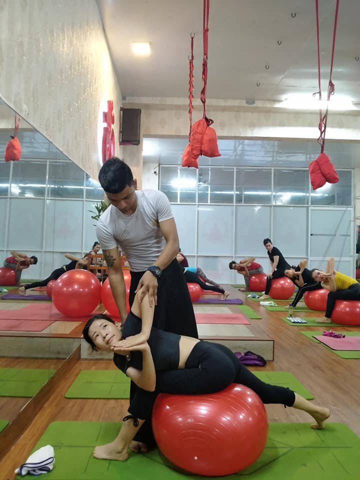 Yoga bóng giúp giảm nguy cơ mắc bệnh xương khớp