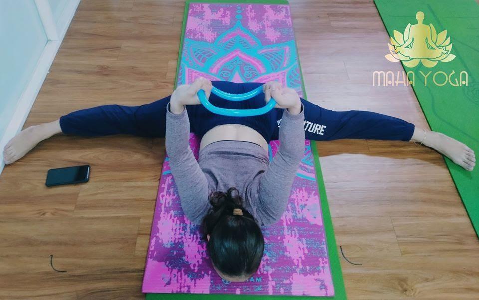 Yoga Myring hỗ trợ người tập làm quen với các tư thế khó một cách dễ dàng