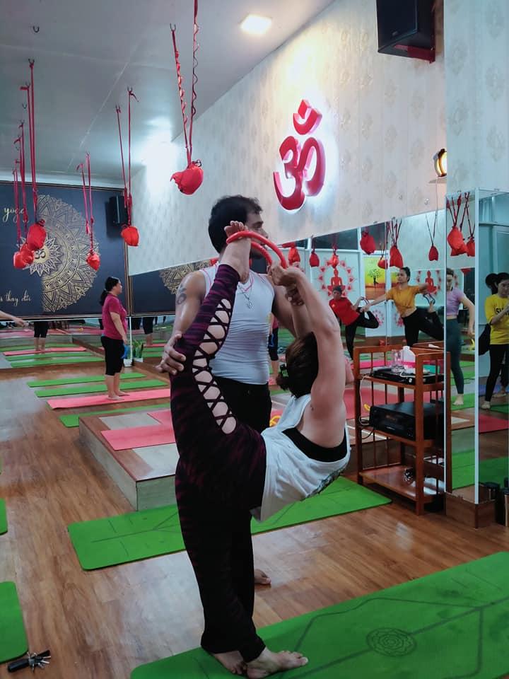 yoga với vòng myring ở bình dương