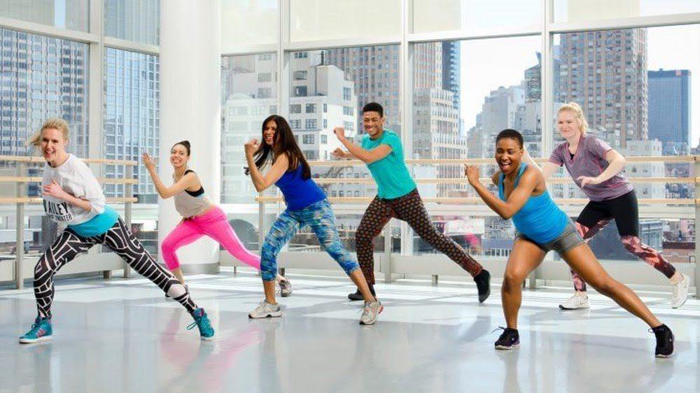 Nhảy zumba hiện đại đem lại cho người tập một thân hình cân đối, bốc lửa nhờ luyện tập được toàn thân