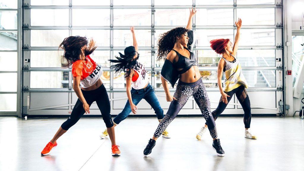 Nhảy zumba hiện đại giúp giải tỏa stress, đem lại niềm vui và sự lạc quan cho người tập