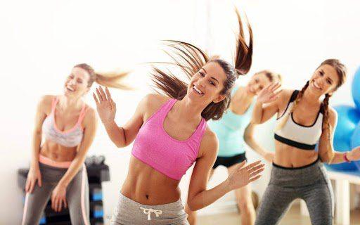 Nhảy zumba uy tín hỗ trợ người tập giảm khoảng 600-1000 kcal/giờ