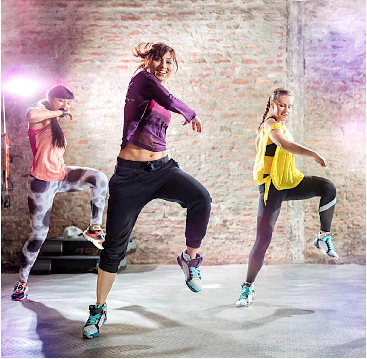 Nhảy zumba uy tín giúp tăng cường sự tự tin cho người tập
