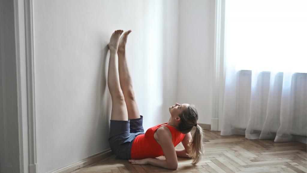yoga với tường tại bình dương
